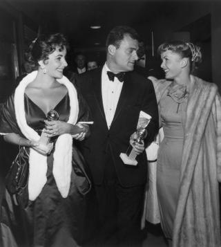 elizabeth-taylor-mike-todd-debbie-reynolds-1957